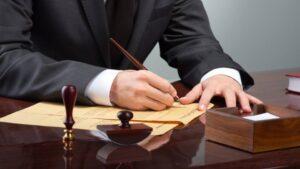 как выбрать грамотного адвоката