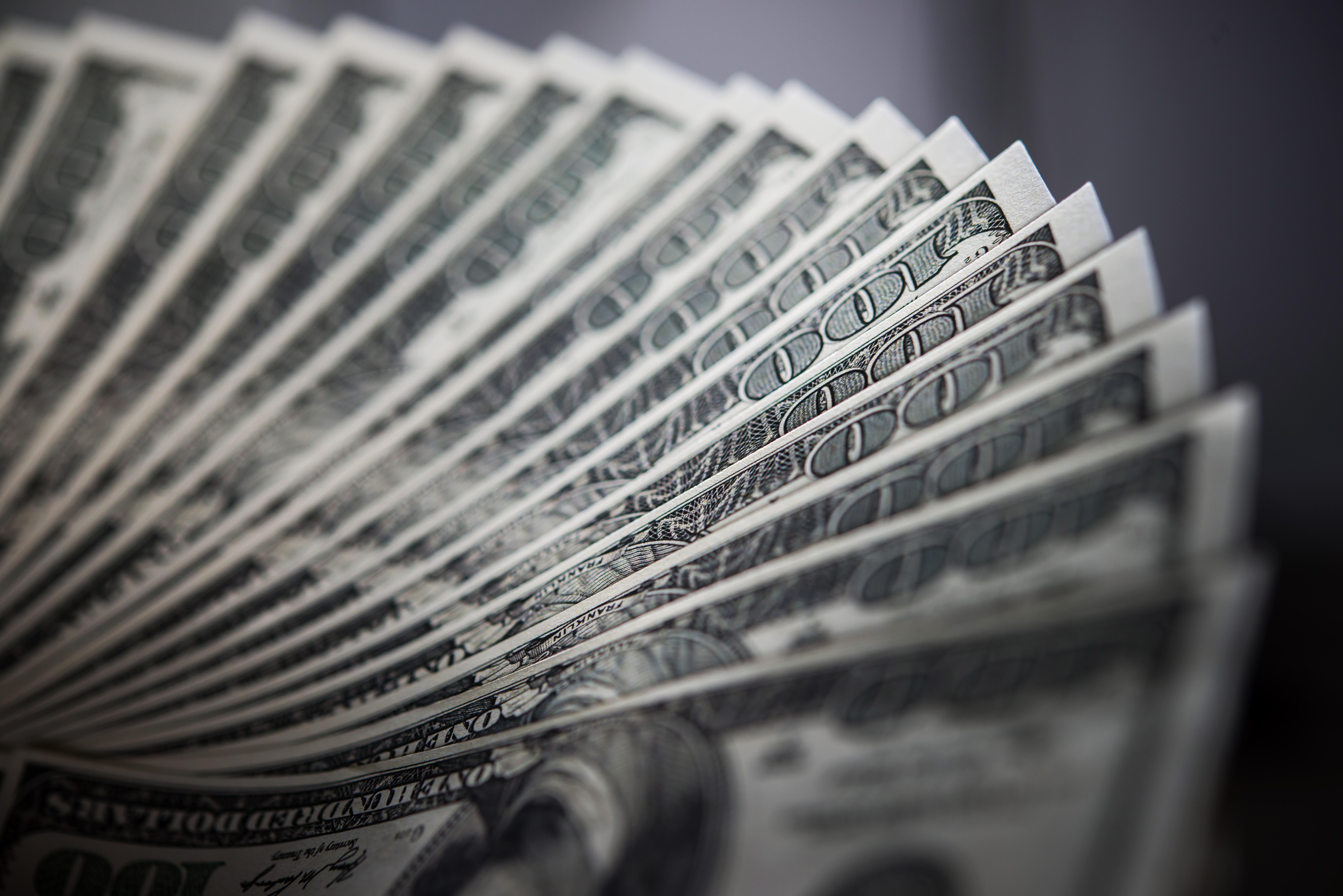 У боржника відсутнє майно? Як стягнути кошти із безнадійного боржника?